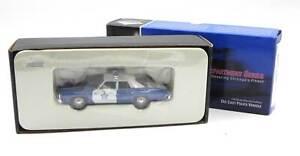 Corgi 1974 Dodge Monaco Chicago Police Department automodello 1:43 #US06004 MIB