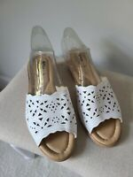 Spring Step Womens Size 41 Sandals Beige Laser Cut Leather Wedge Italy 9.5