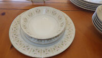 Fine China Dinnerware Set Rose Manor by Fine China of Japan Service 6 19 pc set
