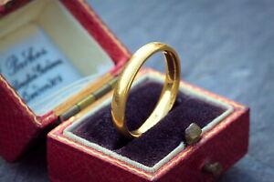 INCREDIBLE QUALITY VINTAGE ENGLISH 22K GOLD WEDDING BAND RING HALLMARKED 1945