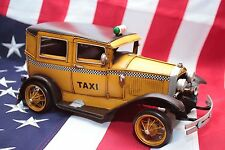 FORD YELLOW TAXI NEW YORK Auto blechmodell