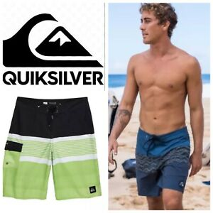 NEW $55 Quicksilver Division Young Mens Boardshorts Pocket Swim Surf Paddle, 25