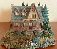 Thomas Kinkade Hawthorne Village Seaside Series Perfect Day Lodge #79663 w Light