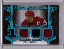 STEVE YZERMAN 17/18 Leaf ITG Superlative Silver Stick Club Jersey BLUE #d 10/12