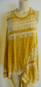 NEW WITH TAG  MAGNOLIA PEARL PAZ IN GOLD RUSH TANK