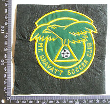 VINTAGE MT GRAVATT SOCCER CLUB EMBROIDERED PATCH WOVEN CLOTH SEW-ON BADGE