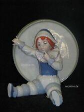 +# A012413_01 Goebel Archiv Muster Ruiz Clown Harlekin vor großer Trommel 11-404