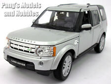 Land Rover Discovery 4 1/24 Scale Diecast Metal Model by Welly - SILVER