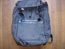 HUGO BOSS Sac à dos noir gris neuf valeur 379 euro