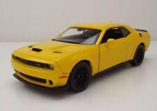1 24 escala rojo tren Challenger 2018 Motormax fundido modelismo coche