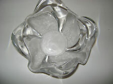 CRYSTAL CENTER PIECE ART GLASS UNUSUAL DESIGN, SHAPE ETCHED