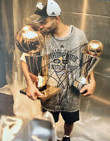 TONY PARKER Original Signed Autographed 11X14 NBA SPURS Championship Photo COA