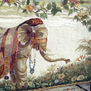 """Momeni Elephant Rug Wall Hanging Rug 2.6' X 4.6' 100% Wool 29"""" x 49"""""""