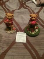 HOMCO HOME INTERIORS BEAR LOT OF 2 BEAR FIGURINES CARRYING APPLES