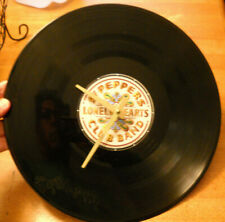 RARE SGT. PEPPERS LONELY HEARTS CLUB BAND CLOCK WORKING BEATLES BATTERY OPERATED