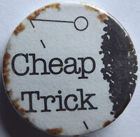"CHEAP TRICK Old Vtg 70`s/80`s 25mm-1"" Button Pin Badge CT.105"