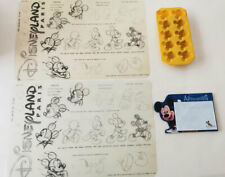 Lot 4 articles table Mickey Mouse