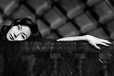 Lucy Liu Unsigned 8x12 Photo (59)