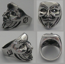 T56 Grosse BAGUE ANONYMOUS V VENDETTA MASQUE ANARCHIE HACKER CHEVALIERE