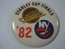 "Vintage Stanley Cup Finals 1982 Canucks vs Islanders 3.5"" Pin Back Button Hockey"
