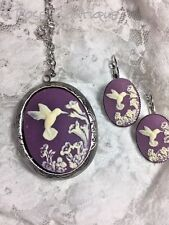 PURPLE LAVENDER  Hummingbird Cameo Locket French earring Silver Photo CHRISTMAS