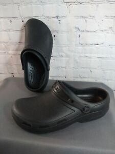 EUC unisex CROCS black SPECIALIST II rubber clogs - size MEN'S 10, WOMEN'S 12