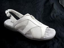$90 Walking Cradles Cherry off white beige womens sandals sz 12M iced nubuck