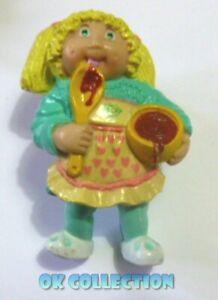 CABBAGE PATCH KIDS personaggio pvc 6 cm - LEI CON CUCCHIAIO (China 1984) 76