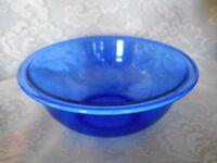Collectible PYREX Lt.Cobalt Blue Glass 1.5 Quart/Liter Bowl - Made in U.S.A.