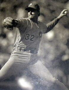 "1970S STEVE CARLTON PHILLIES BASEBALL 11X14"" B&W PHOTO/PRINT/POSTER FREE S&H M"