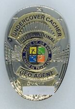 Undercover Cacher Badge 2006 Geocoin Shiny Gold & Silver active adoptable