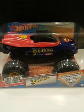 Hot Wheels Monster Jam 1:24 *Superman*