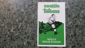 1974-75 SEATTLE TOTEMS HOCKEY POCKET SCHEDULE-VG CONDITION