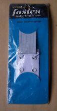 § système d'accrochage pour soutien gorge