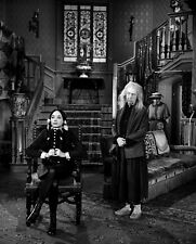 THE ADDAMS FAMILY - TV SHOW PHOTO #E37