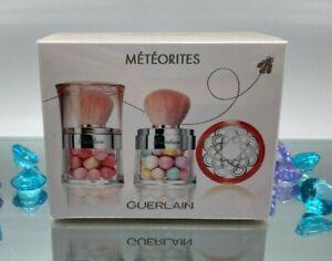 Guerlain Meteorites Travelling Pearls Duo Illuminating Pearls of Powder Set