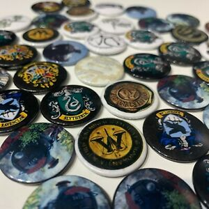Harry Potter Button Pin Badges Hufflepuff Hogwarts Original Official lot of 1-10