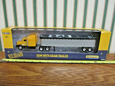 New Holland Semi With Grain Trailer By Ertl 1/64th Scale >