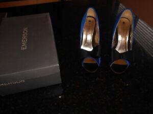Size 7 Eu 38 blue high heel stilettos - evening - blue satin with black bow