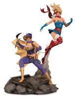 DC Bombshells Batgirl & Supergirl Collectable Celebration Statue NEW
