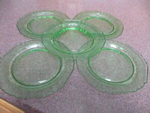 "VINTAGE 5 HAZEL ATLAS POPPY GREEN GLASS VASELINE URANIUM 8 3/4"" PLATES"