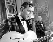 "Bill Haley 10"" x 8"" Photograph no 24"