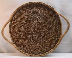 BEAUTIFUL PAMPERED CHEF--WOVEN COLLECTION--Round Handled Tray