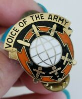 Vtg US ARMY 9th Signal Command Voice of The Army Unit Insignia Pin Ira Green