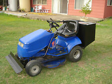 COX RIDE ON MOWER 32IN 18 HP TWIN BRIGGS