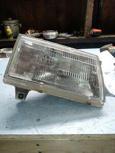 Passenger Right Headlight Canada Built Fits 92-95 98 SIDEKICK 255574