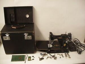Vintage 1940 Singer Featherweight 221 Sewing Machine w/ Case Accessories Working