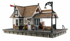 Woodland Scenics BR5552, O Gauge, Built & Ready w/ LED Lighting, The Depot