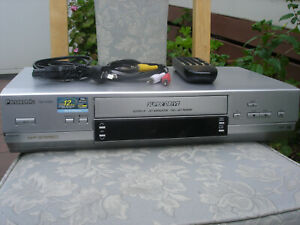 Panasonic NV-HV61 VCR with remote