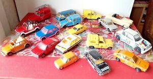 Lot 17 majorette renault peugeot Citroen Simca 1308 1100 2 CV 604 205 R5 11 4L